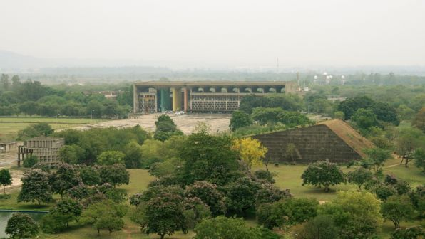 View of Chandigarh High Court from Secretariat. Photo by Eduardo Guiot.