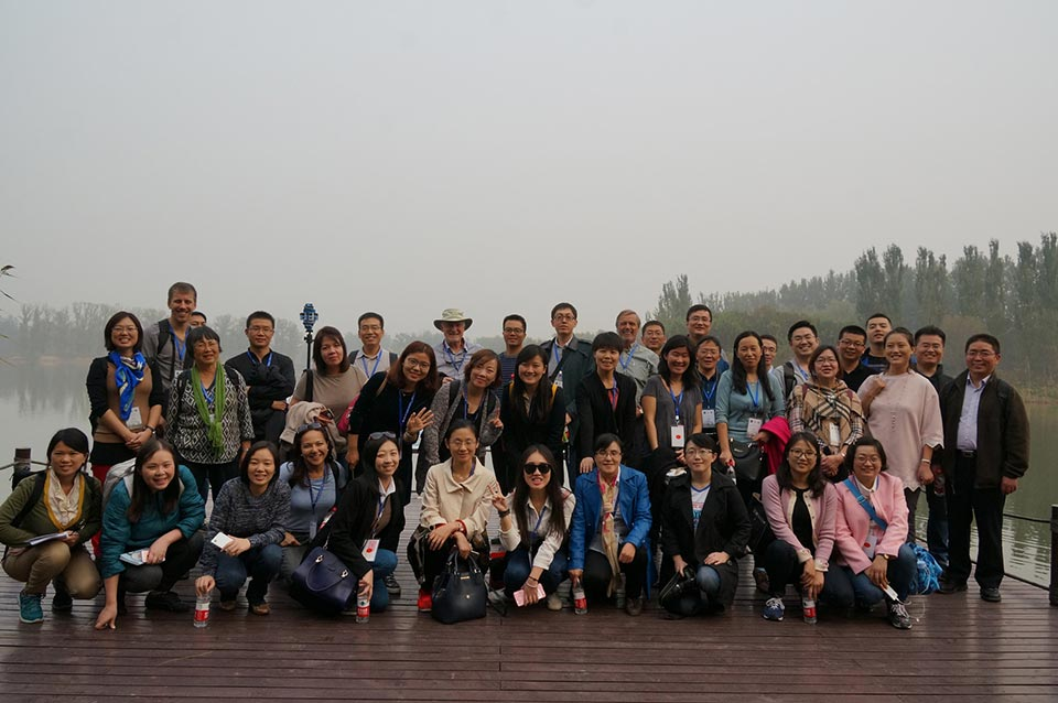A group photo of the participants at a field trip during the Beijing In-Country Training held from 17-21 October 2016.